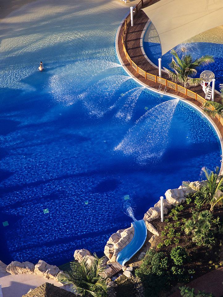 Jumeirah Beach Resort & Hotel